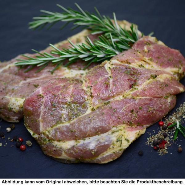 Kammsteak vom Strohschwein in Kräuter-Knoblauch-Marinade